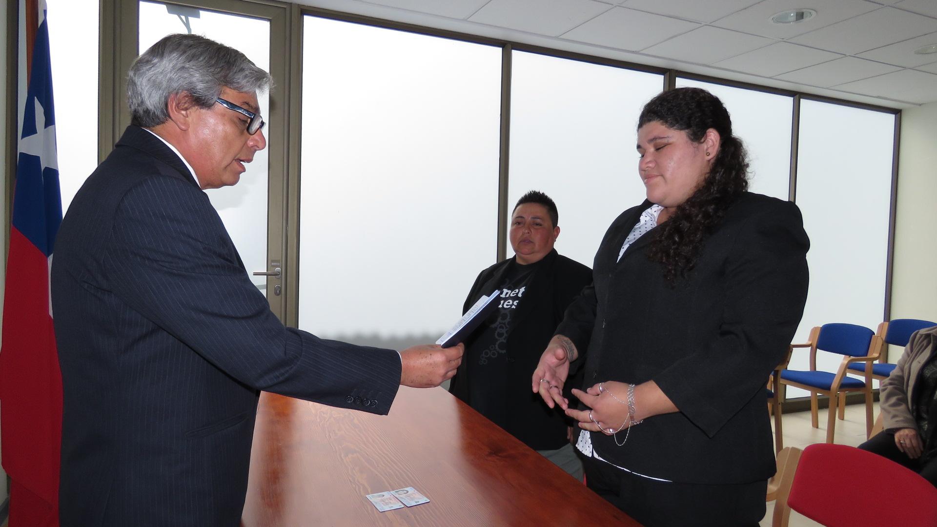 Photo of Pareja del mismo sexo inauguró Registro Civil de Alto Hospicio con Acuerdo de Unión Civil