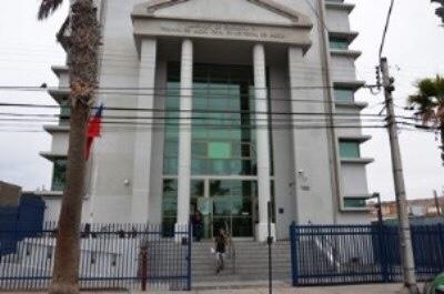 Photo of ARICA: Condenan a 20 años de cárcel a hombre que violó por 6 años a su hija