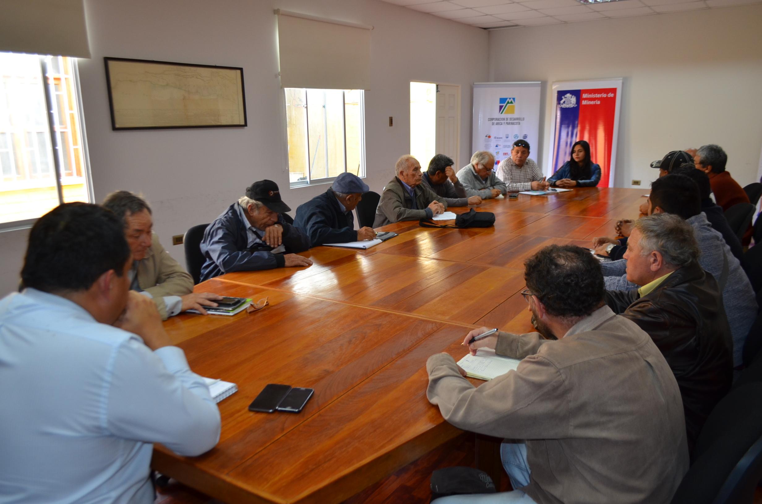 Photo of Dieron inicio a mesas de trabajo para reactivar el sector minero de la región de Arica y Parinacota