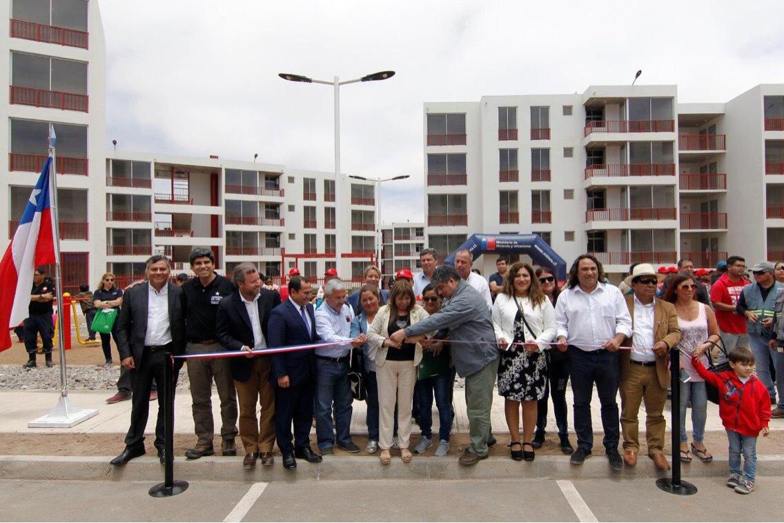Photo of (Video) 240 familias reciben sus departamentos en Alto Hospicio
